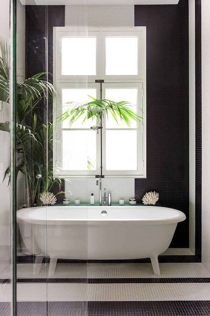 Новая жизнь квартиры с богатой историей в Париже | Paris bathroom ...