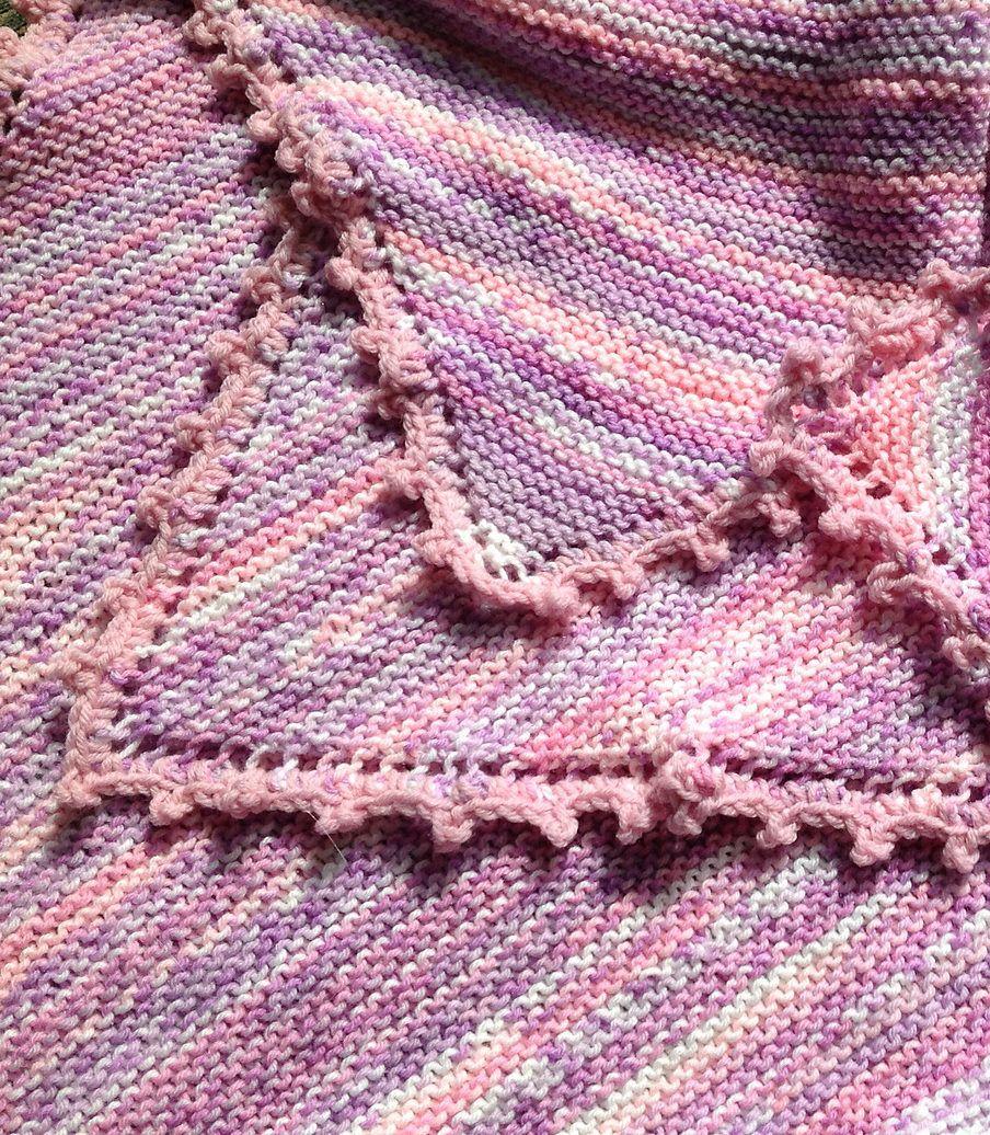 Free knitting pattern for heaven mini baby blanket a easy free knitting pattern for heaven mini baby blanket a easy blanket that creates a diagonal bankloansurffo Gallery
