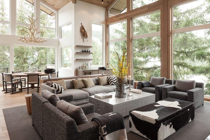 Aménagement intérieur moderne d\'une maison au Canada | Canapé ...