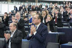 Los eurodiputados proponen la reducción de los créditos de carbono que se subastarán en un 2,4% cada año