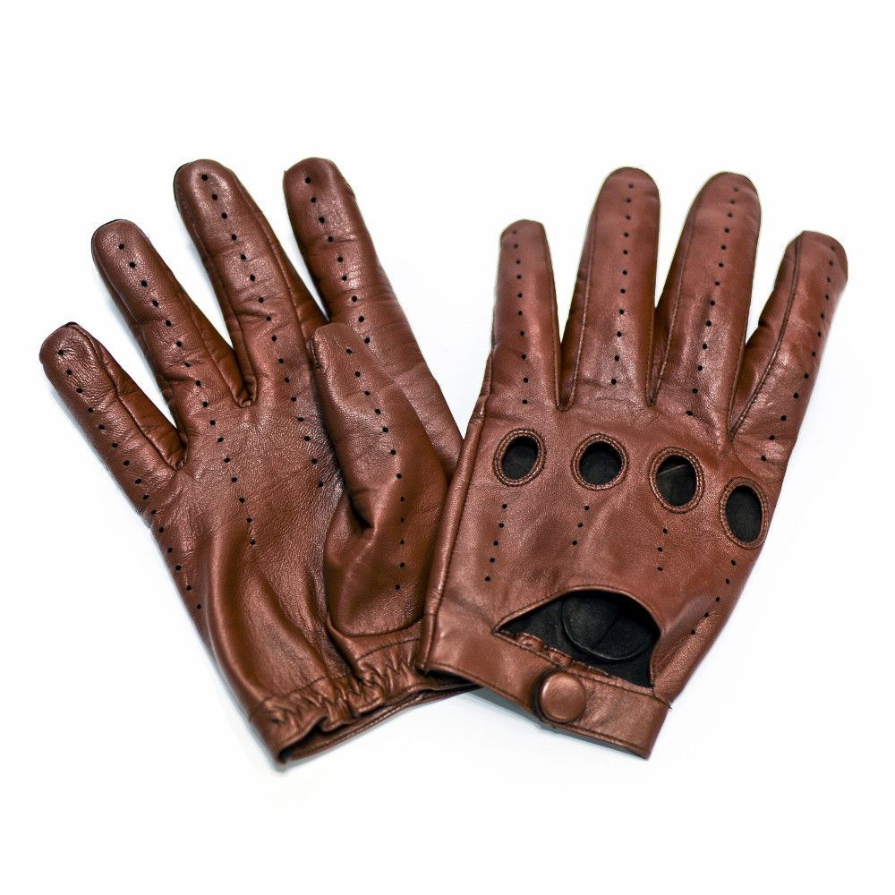 Handmade leather driving gloves - Beautiful Rich Perforated Leather Driving Gloves That Work With Your Phone Without Silver Tips
