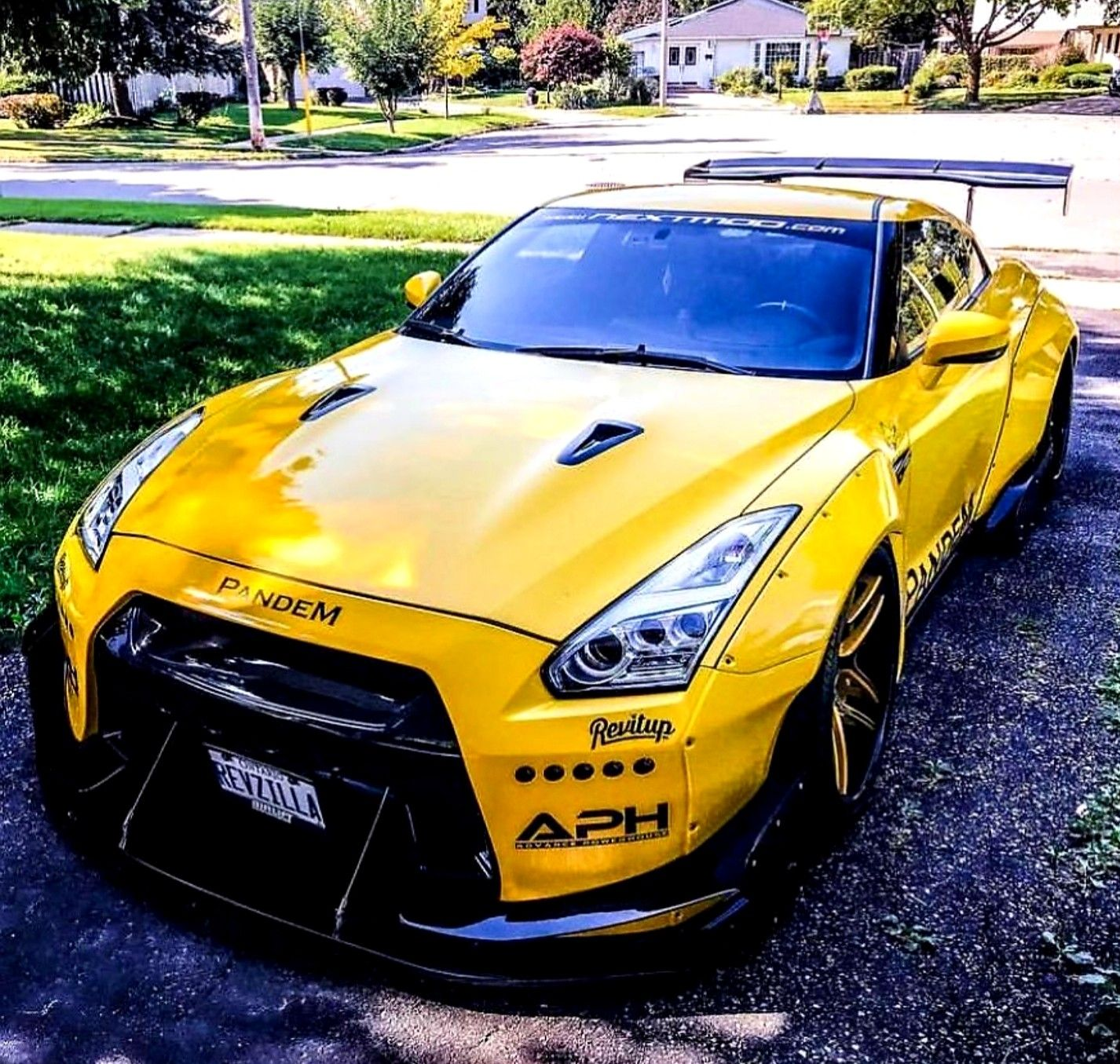 Pandem Kitted Nissan Gt R Z Litwhips Nissan Gtr R35 Nissan Gt Japan Cars Nissan gtr yellow sports car wallpaper