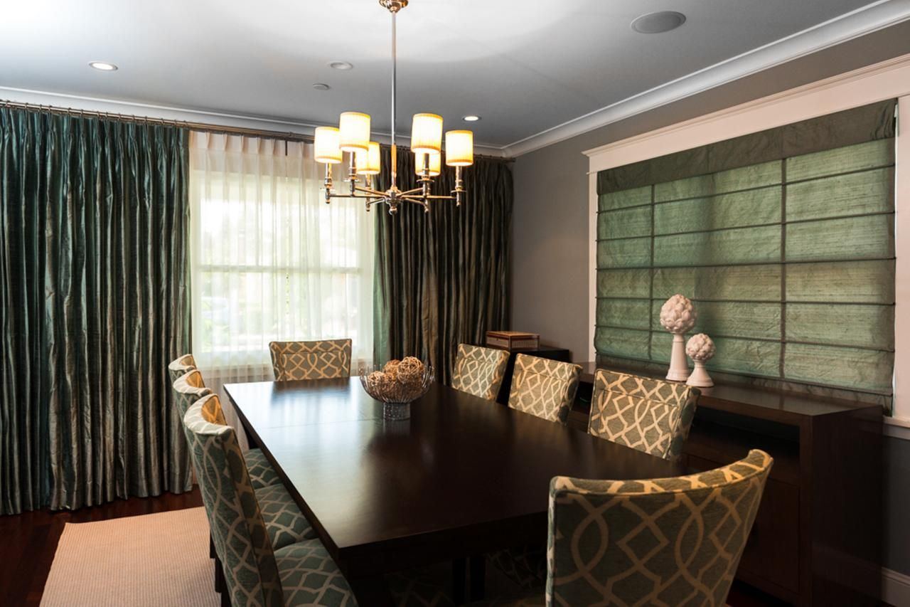 This transitional dining room keeps a harmonious feel with deep this transitional dining room keeps a harmonious feel with deep browns and greens to accent each dzzzfo