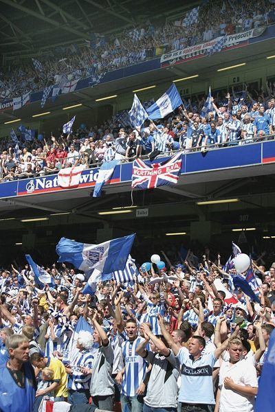 14x12 inch (363x312 mm) frame with high quality print (other products available) - Brighton And Hove Albion Crowd Shots: Crowd Shots (Withdean Era) - Image supplied by Brighton And Hove Albion FC - #MediaStorehouse - 14