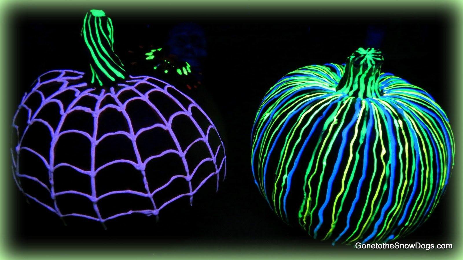 GLOW IN THE DARK PUMPKIN Dark, Pumpkin ideas and Halloween ideas - glow in the dark halloween decorations