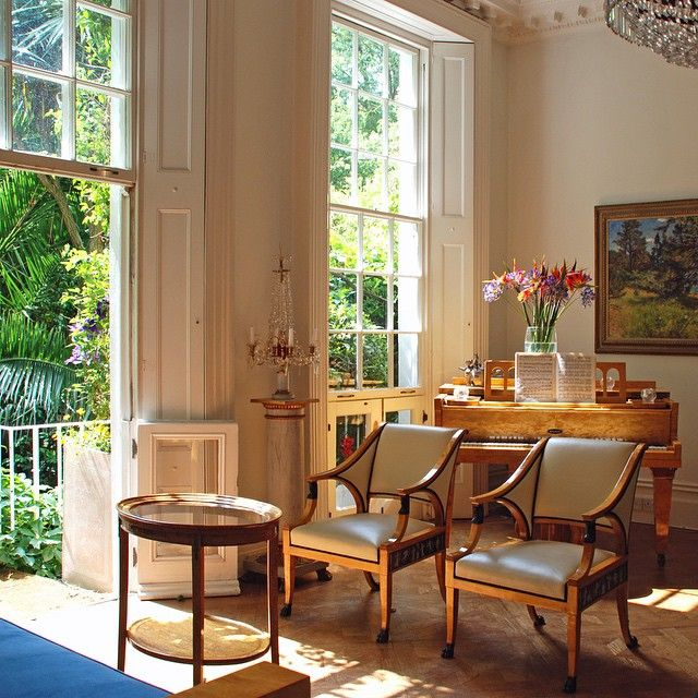 The Comfortable and Practical Biedermeier Style | Interiors, English ...