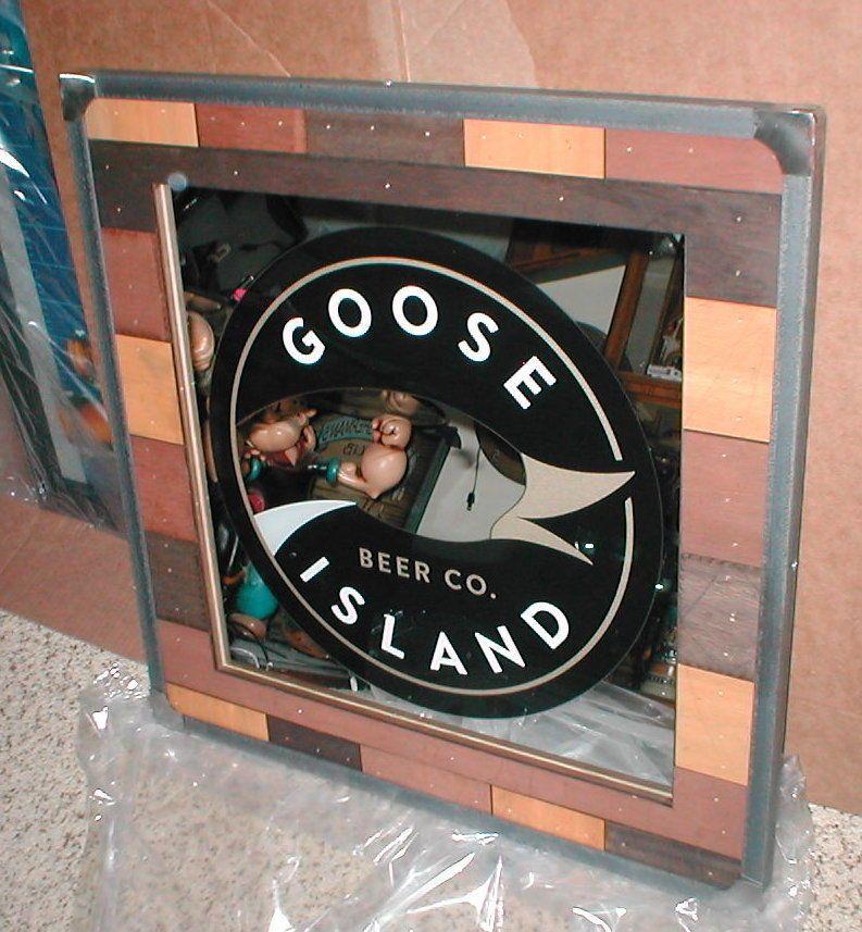 Goose Island Beer Neon Logo Wall Clock Breweriana, Beer