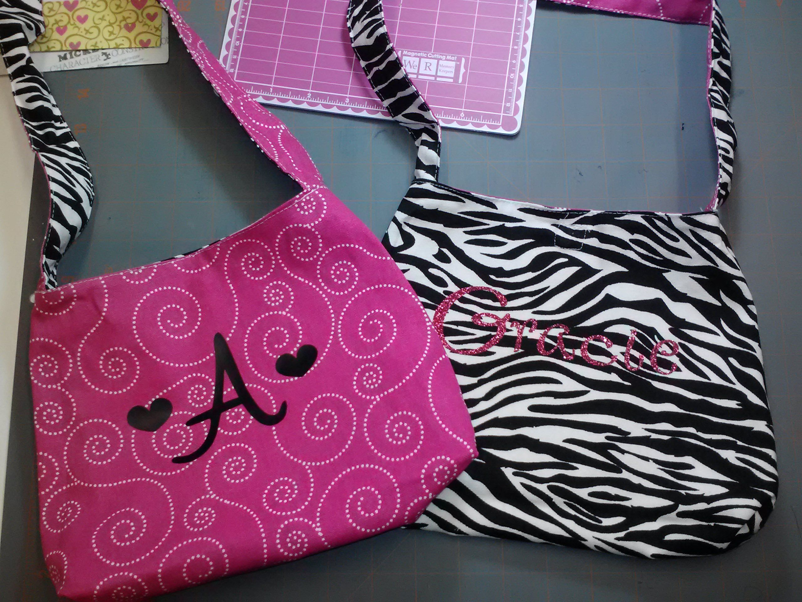 Hobby lobby craft bags - I Found These Reversible Bags At Hobby Lobby And I Used My Cricut And Heat Transfer