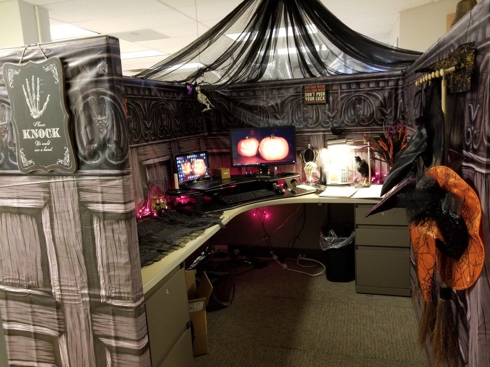 Pin by julie keane on Halloween Cubicle halloween