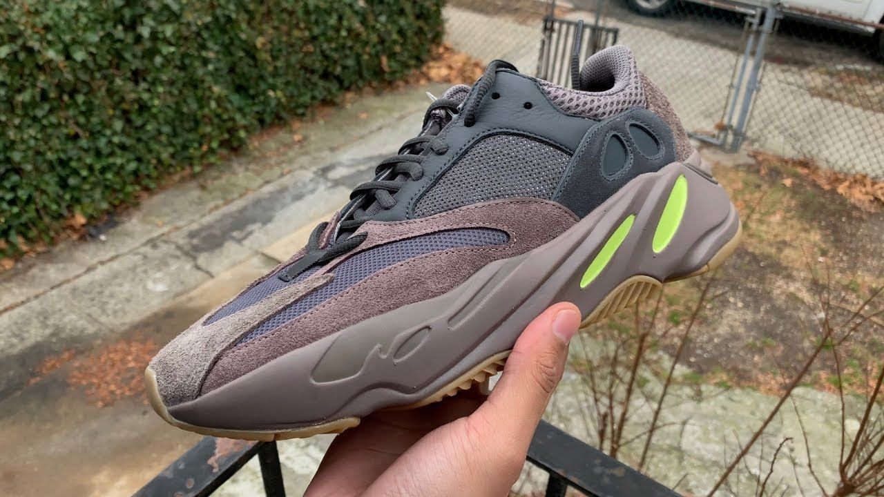 the best attitude 55a72 afde6 DISCUSSION] Adidas Yeezy Boost 700 Mauve - BELOW RETAIL ...