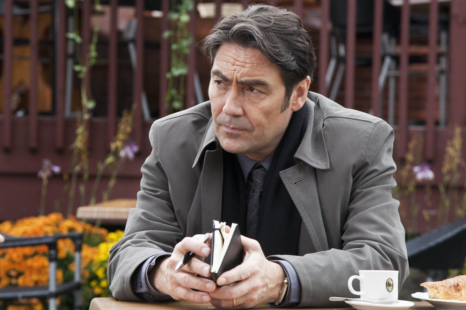 Watch Nathaniel Parker (born 1962) video