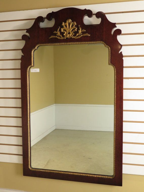 37186E: KINDEL Oxford Mahogany Chippendale Style Mirror