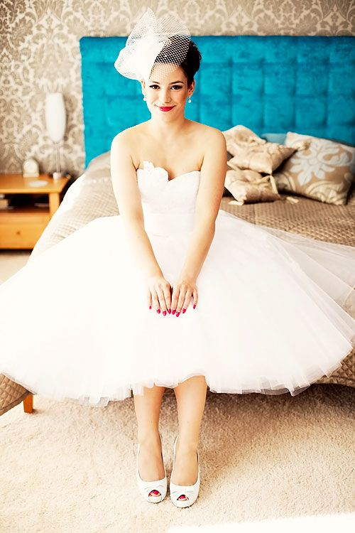 Beautiful Pin-up bride! taken from site of a wedding photographer ...