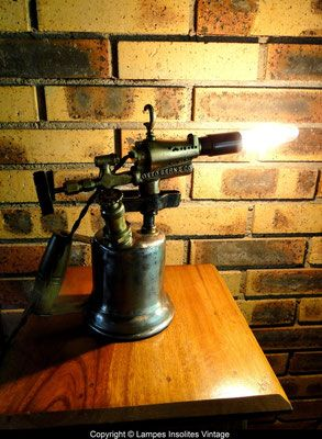 lampe souder site de lampes insolites vintage lampe design pinterest. Black Bedroom Furniture Sets. Home Design Ideas