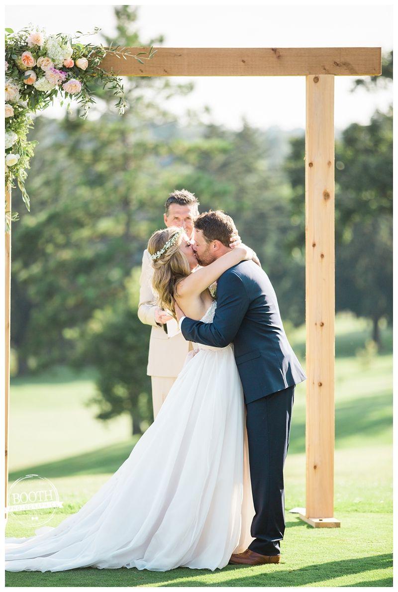 Megan and bennettus outdoor boho wisconsin wedding photography