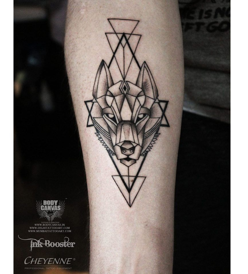 20 Cool The Hidden Treasure Of Tattoo Designs Men Geometric Tattoos Men Tricep Tattoos Geometric Wolf Tattoo