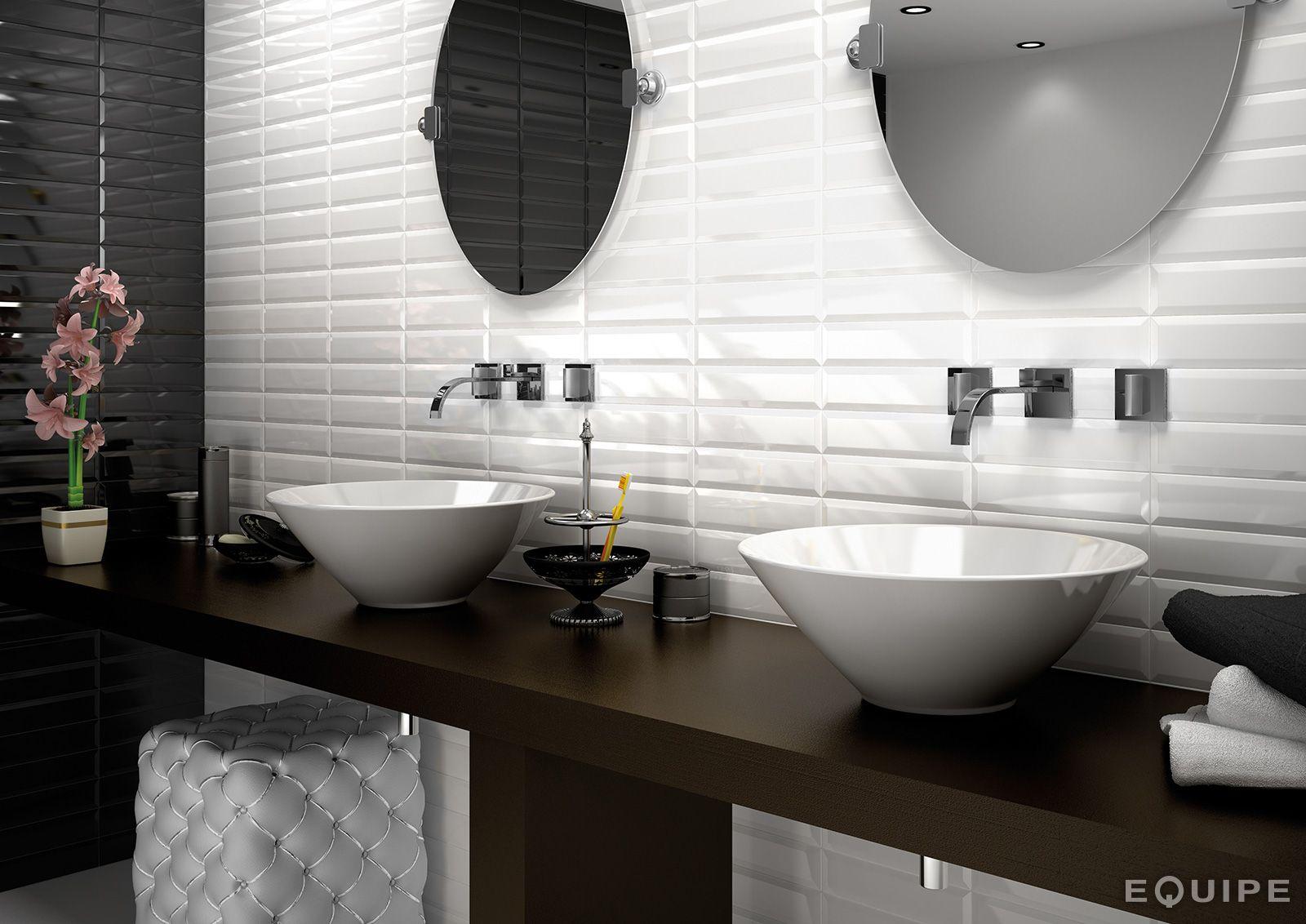 Metro White, Black 7,5x30 | Bathroom- Vonia | Pinterest