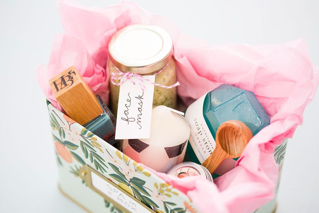 How To Make A Diy Spa In A Box For Mom This Mother S Day Diy Spa
