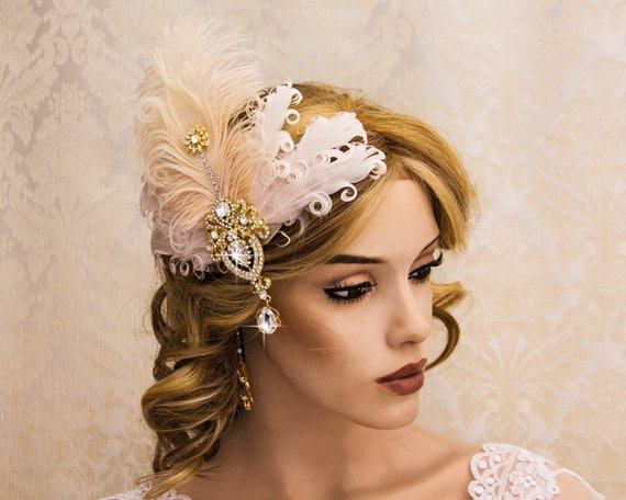 9334e6301cf55 Retro 1920s Headpiece Feather Fascinator Great Gatsby Headpiece Gold Flapper  Hair Clip with Blush Fe