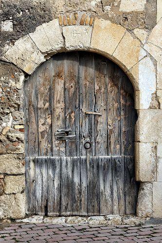 Puerta antigua pinteres for Puertas grandes antiguas