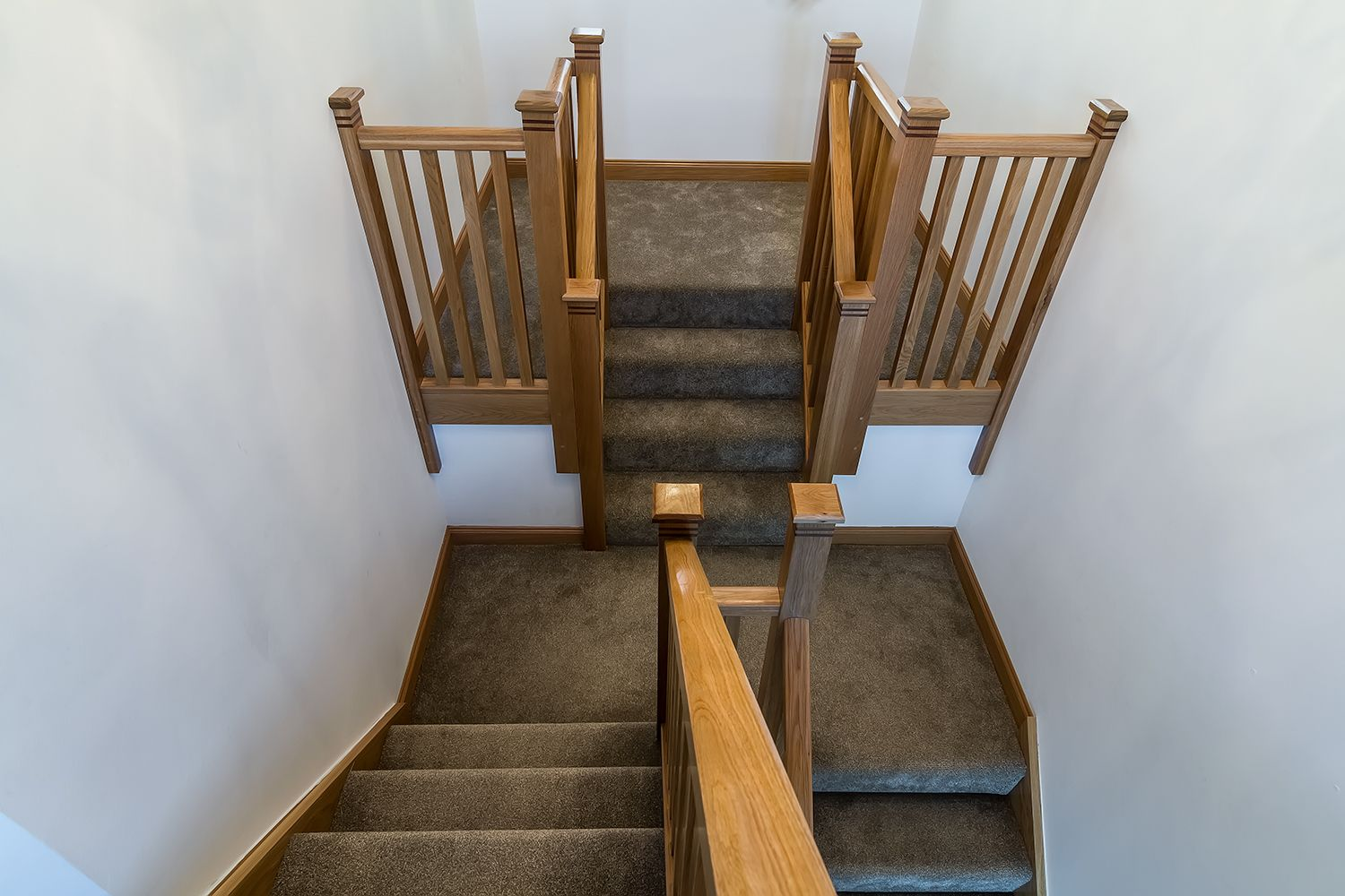 Best Fully Carpeted Oak Staircase Carpet Stairs Renovations 400 x 300