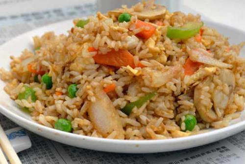 Vegetarian Chinese Fried Rice  ☺ ☻. ✿