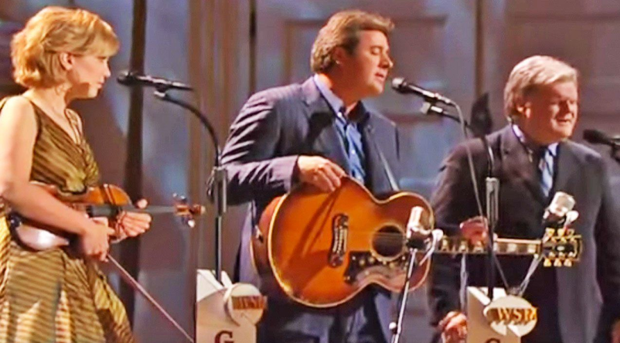 Vince Gill Alison Krauss And Ricky Skaggs Sing Go Rest High At