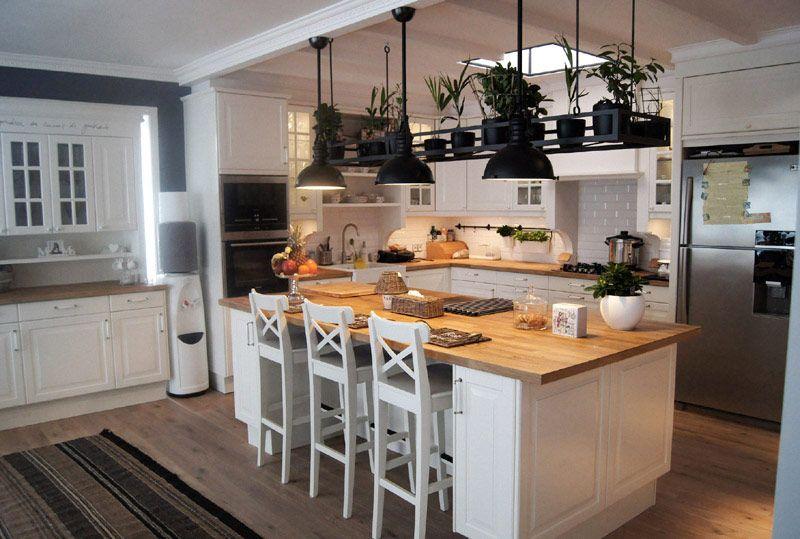 Biala Kuchnia Z Wyspa Inspiracja Homesquare Home Decor Kitchen Kitchen Interior Kitchen Design