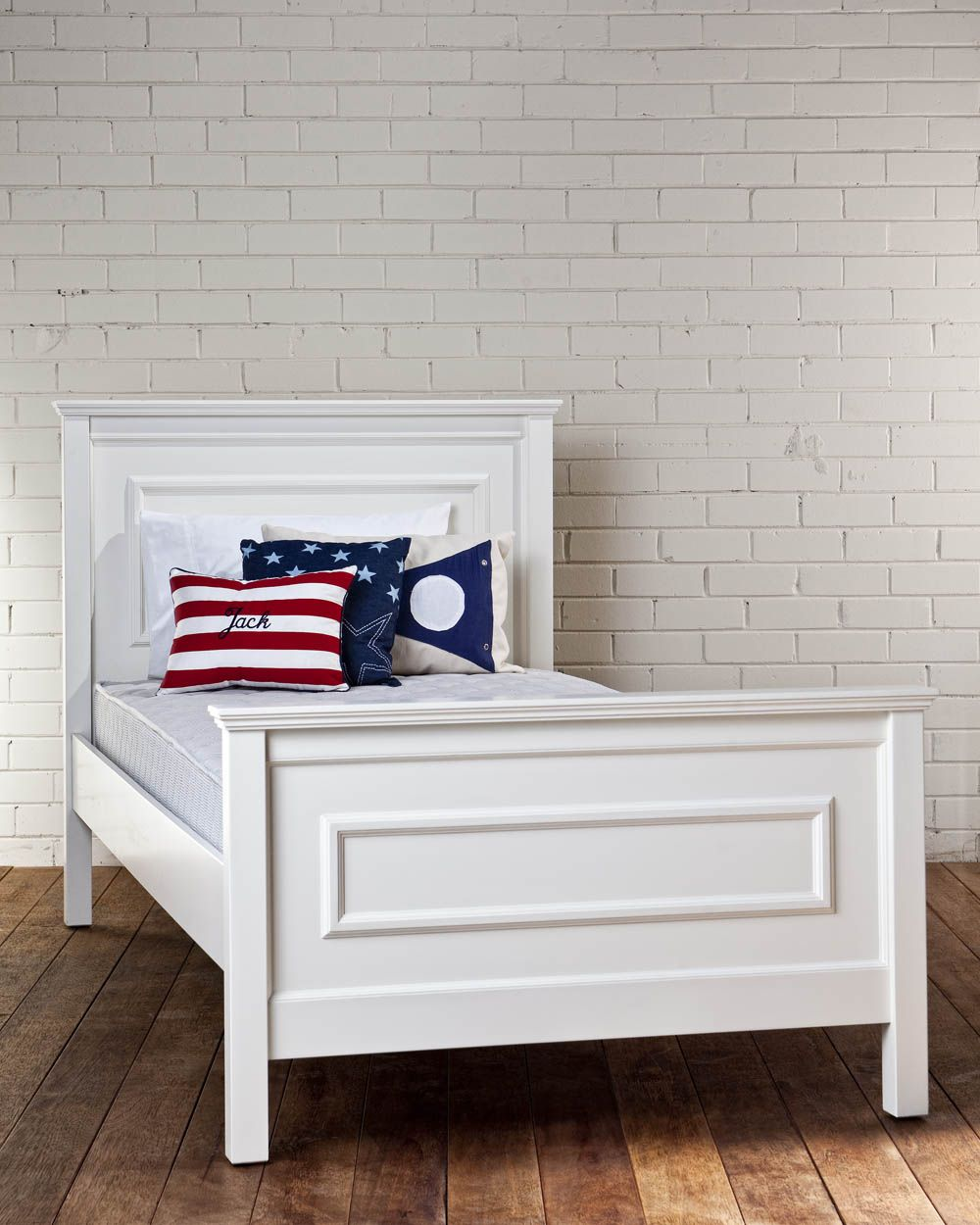 14 Lovable And Cute Kids Bed Designs You Must Have Exquisite Washington King Single Bed With White Bed Frame And White Brick Wall Also Wooden Floor And Cozy P