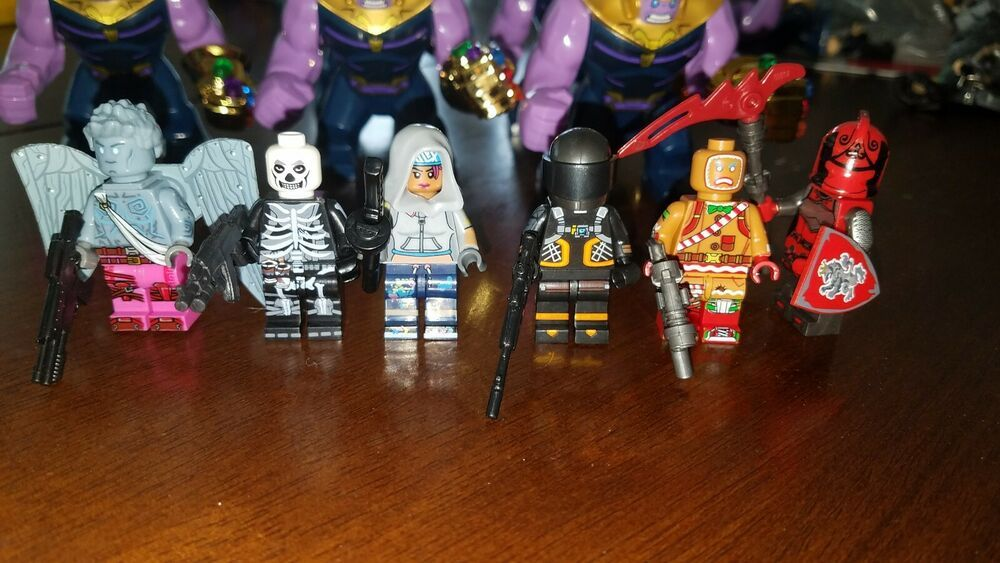 FORTNITE  Mini figs Skull Trooper Teknique Love ranger Dark voyager Usa