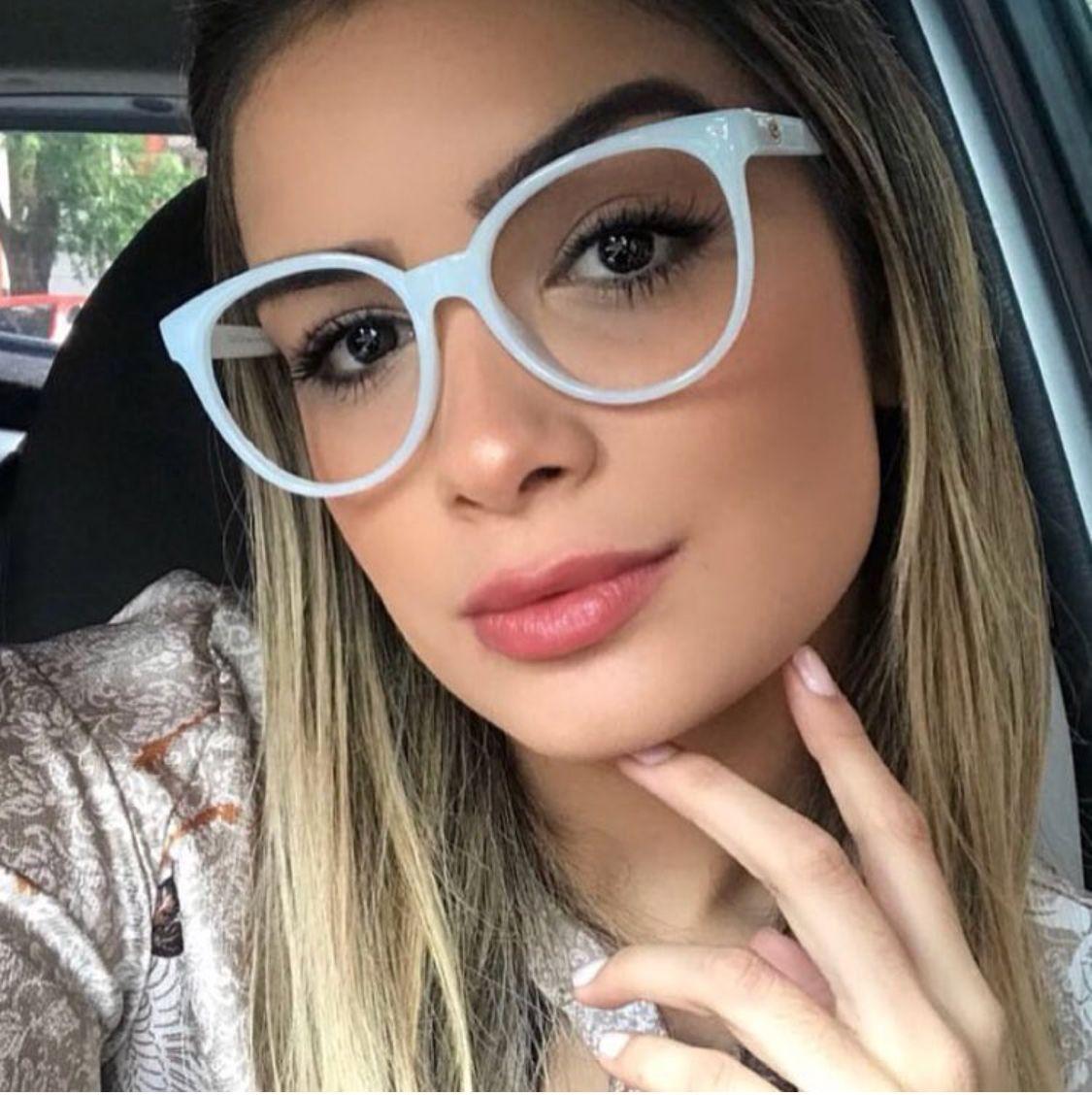 Pin De Thais Guimaraes Em Oculos De Grau Com Imagens Oculos Da