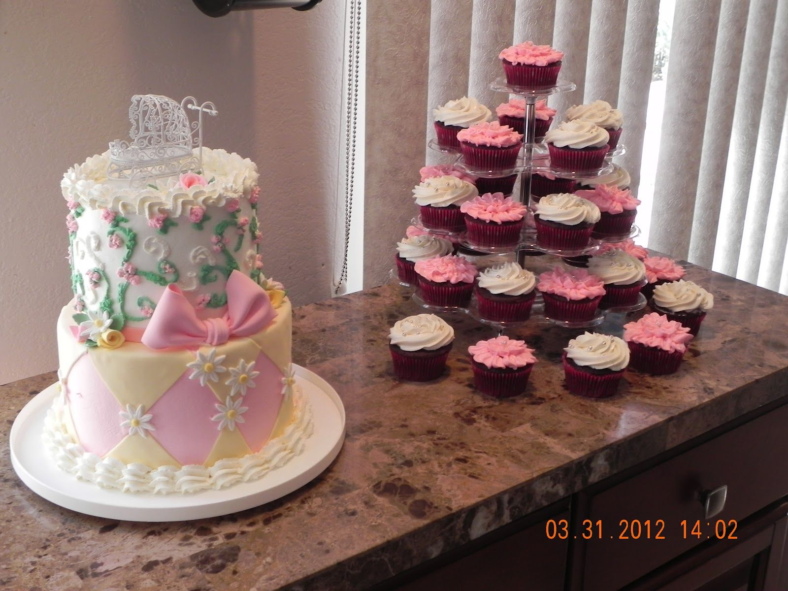 Baby Shower Cakes For Girls - Tabbys Cakes And Goodies
