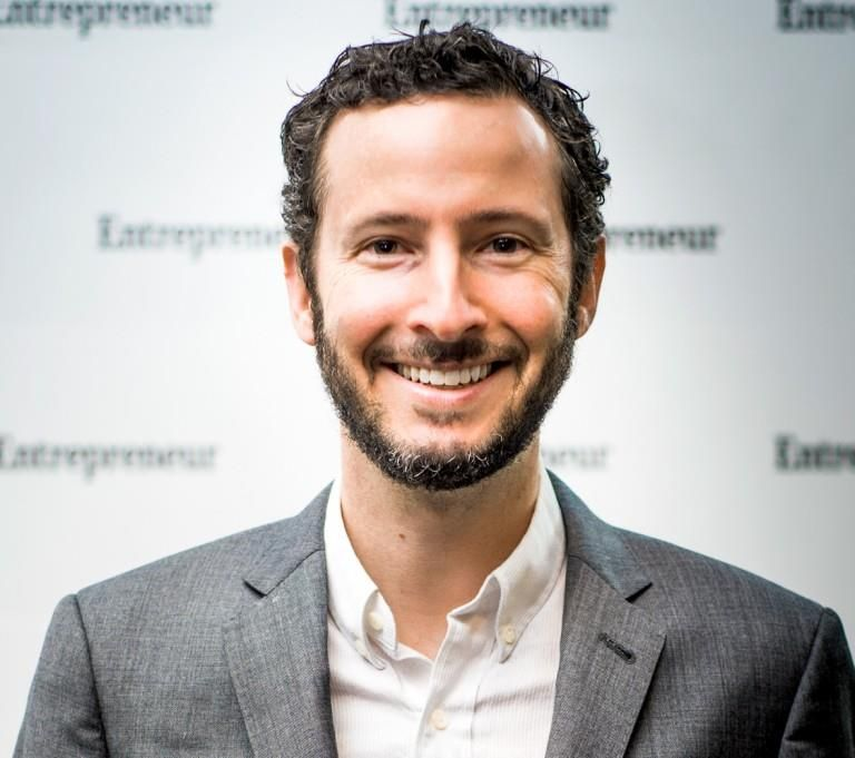A Day in the Life of Entrepreneur Magazine's Editor-in-Chief Jason Feifer - Influencive