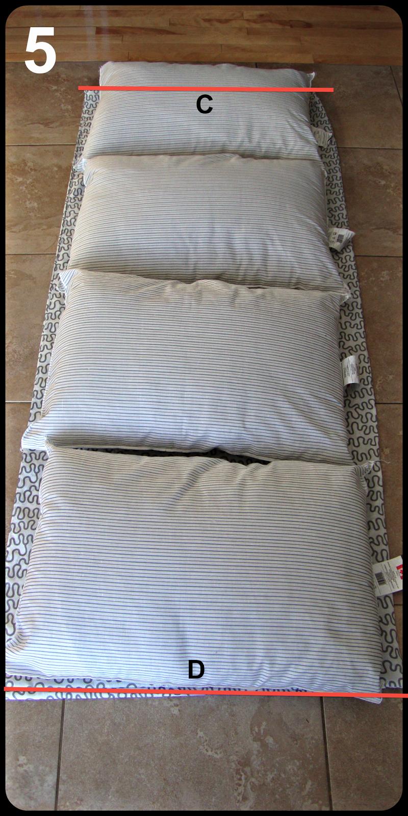 matelas d 39 oreiller pouf overl. Black Bedroom Furniture Sets. Home Design Ideas