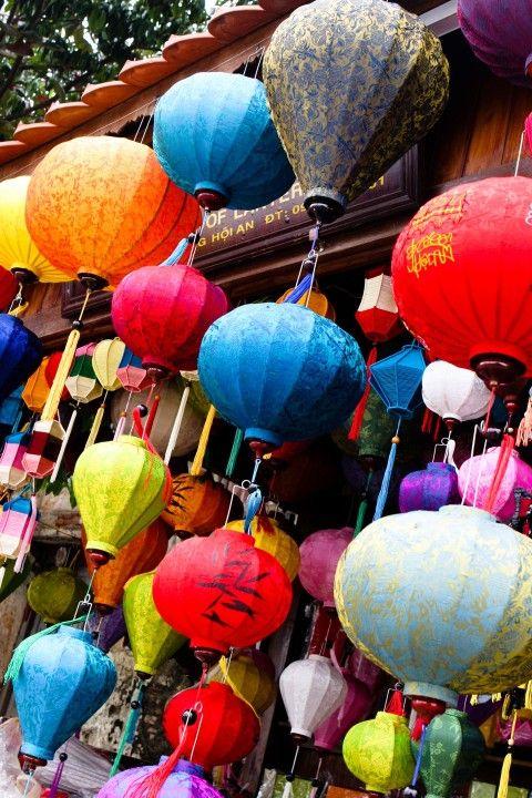 Maak een lampion @ Hoi An http://www.333travel.nl/tour/vietnam/333pure-workshop-maak-uw-eigen-lampion?productcode=T4661