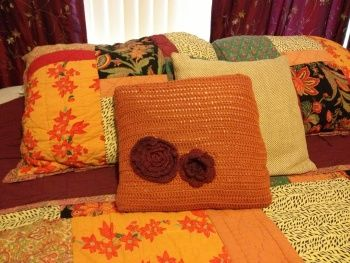 Blast From the Past - Crochet cushion cover