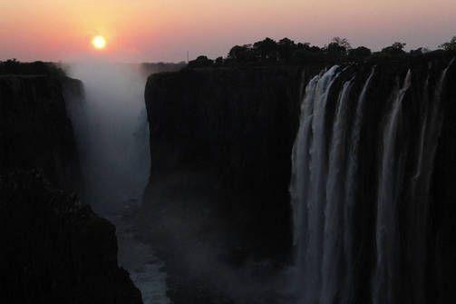 Victorian putoukset Zimbabwen ja Sambian rajalla.