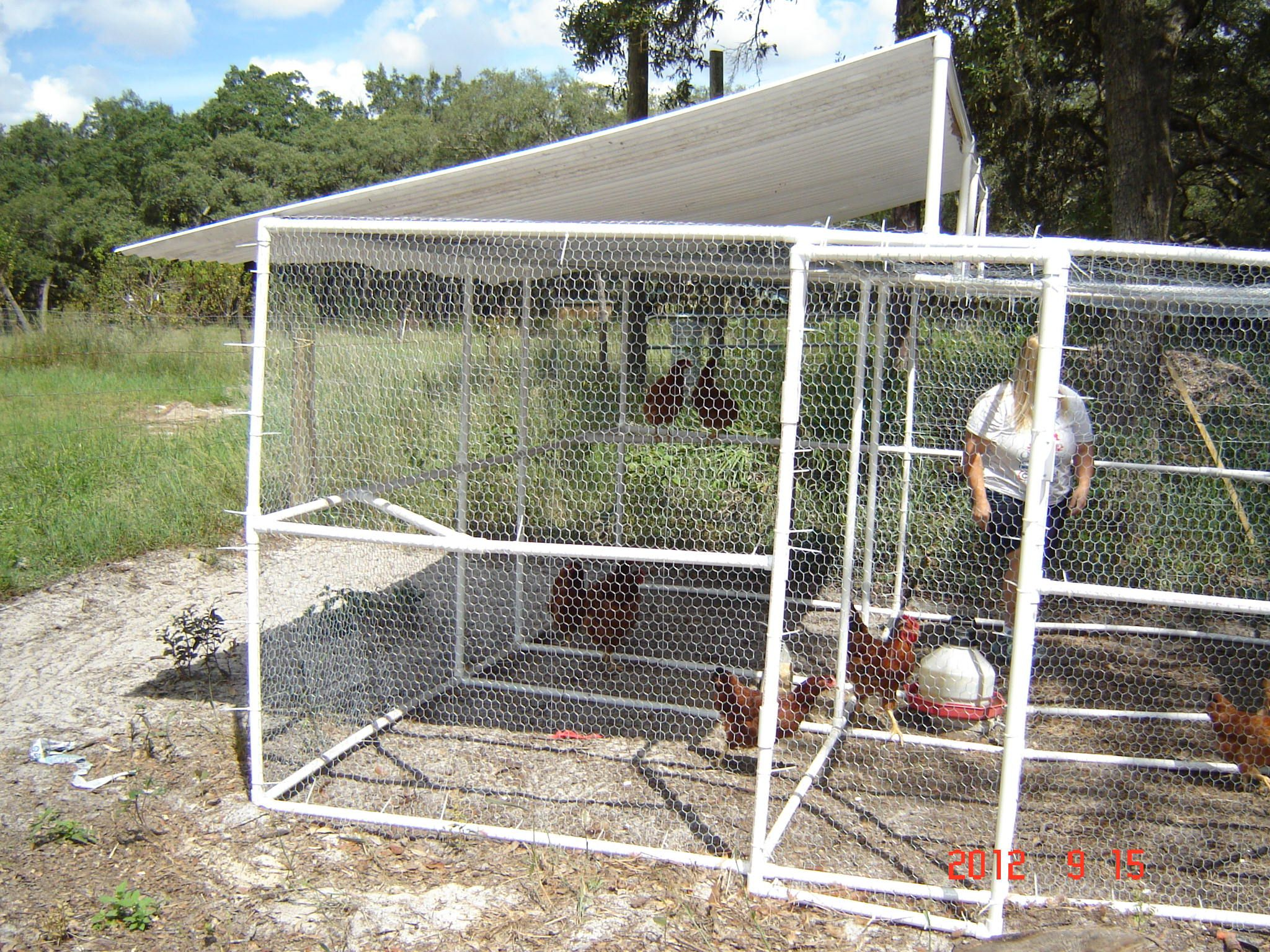 Pictures of a build it yourself pvc chicken pen for Chicken coop made from pvc