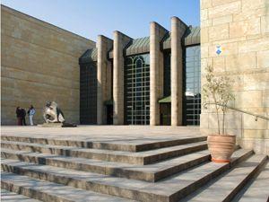die munchner pinakotheken neue pinakothek munchen und umgebung leinwand moderne kunst malerei modern