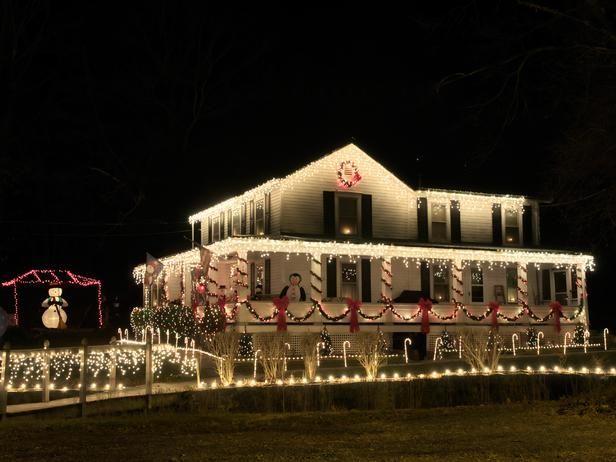 Love This Classic Lighting Christmas Lawn Decorations Outdoor Christmas Lights White Christmas Lights