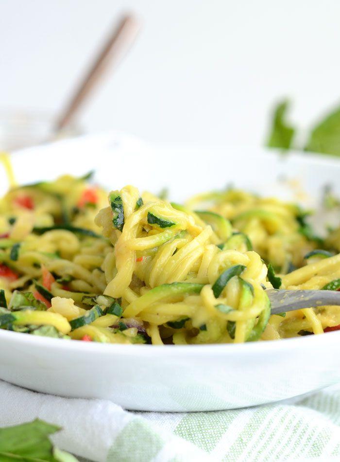 6 Ingredient Cheesy Vegan Zoodles