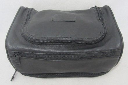 b5153855b2a Tumi BLACK Travel Bag   TUMI TOILETRY BAG   Bags, Travel bags, Tumi