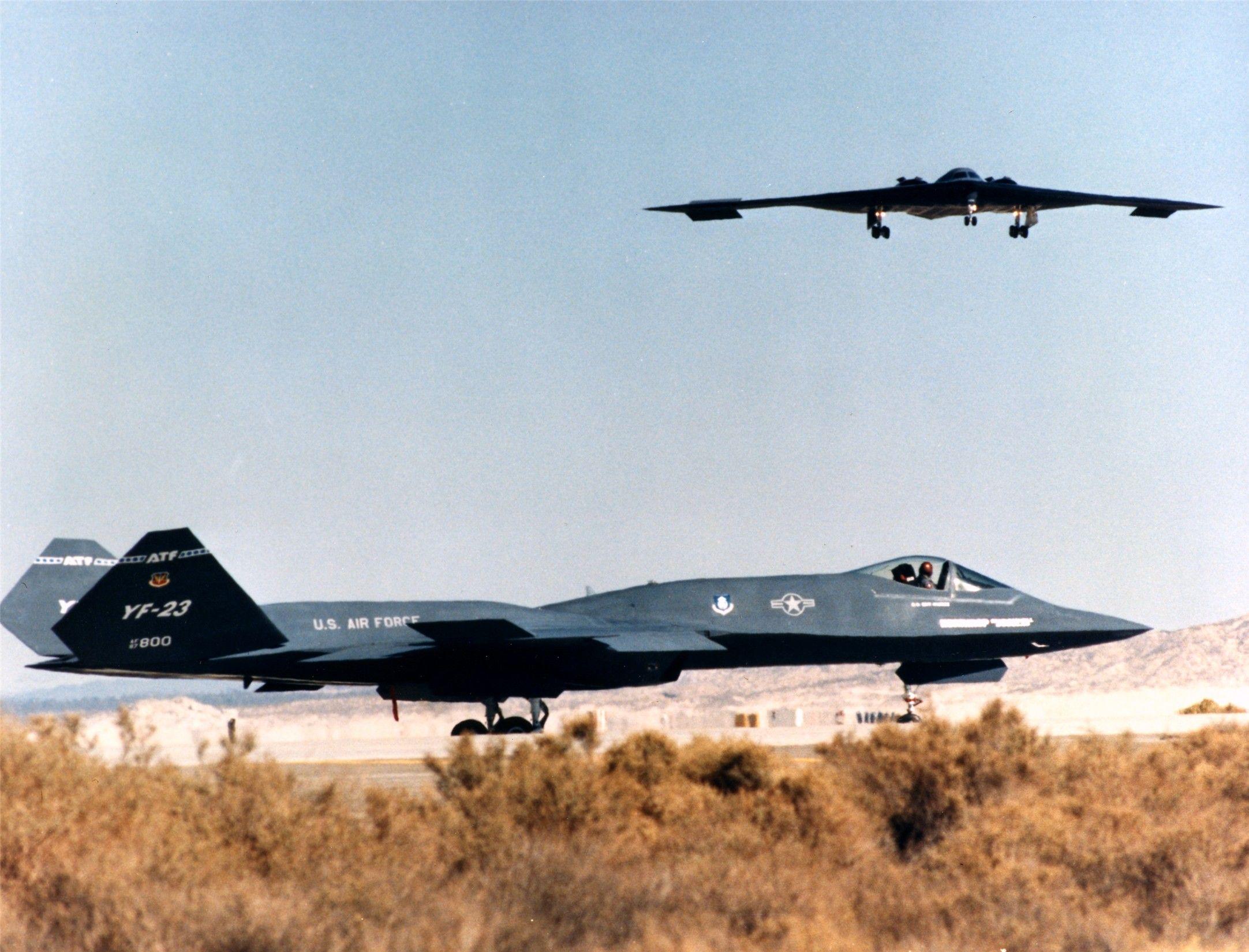 �yf�y�_YF-23andB2landing.. AvionesMilitares Avionesdecombate,Avionescazay