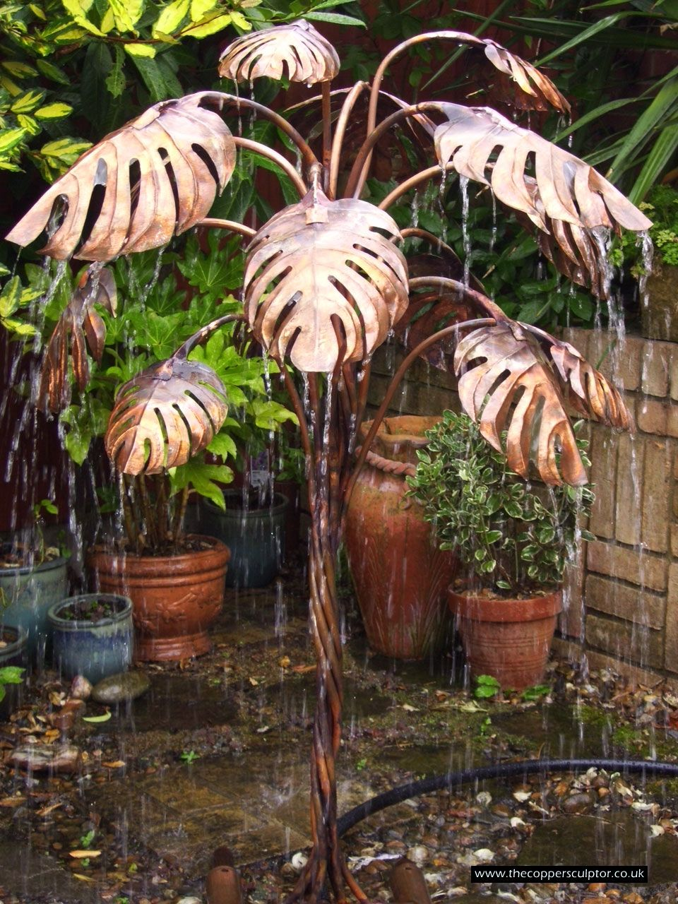 the copper sculptor specializing in copper tree water on Tree Water Feature id=32603