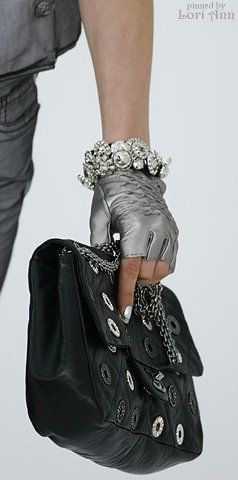 Chanel Fall 2007 RTW Accessories