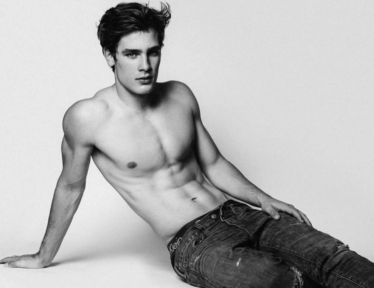 Model Gay poolside male