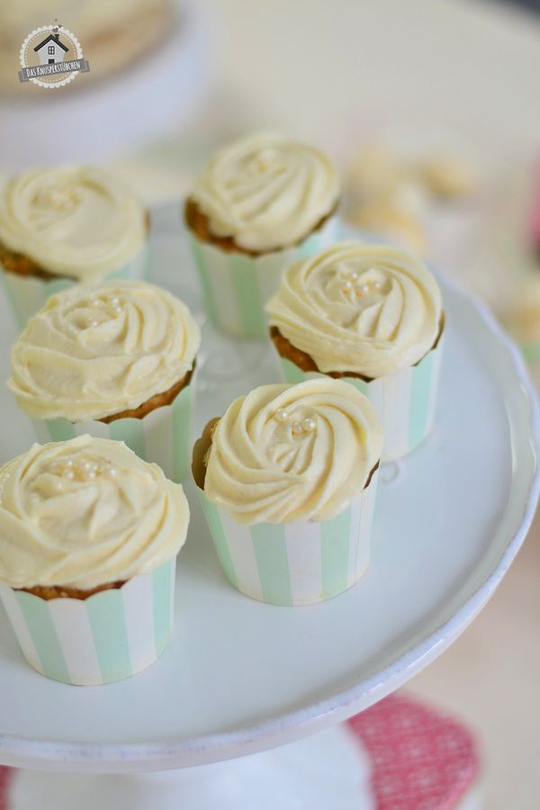Tea flavoured cupcake with cream cheese frosting