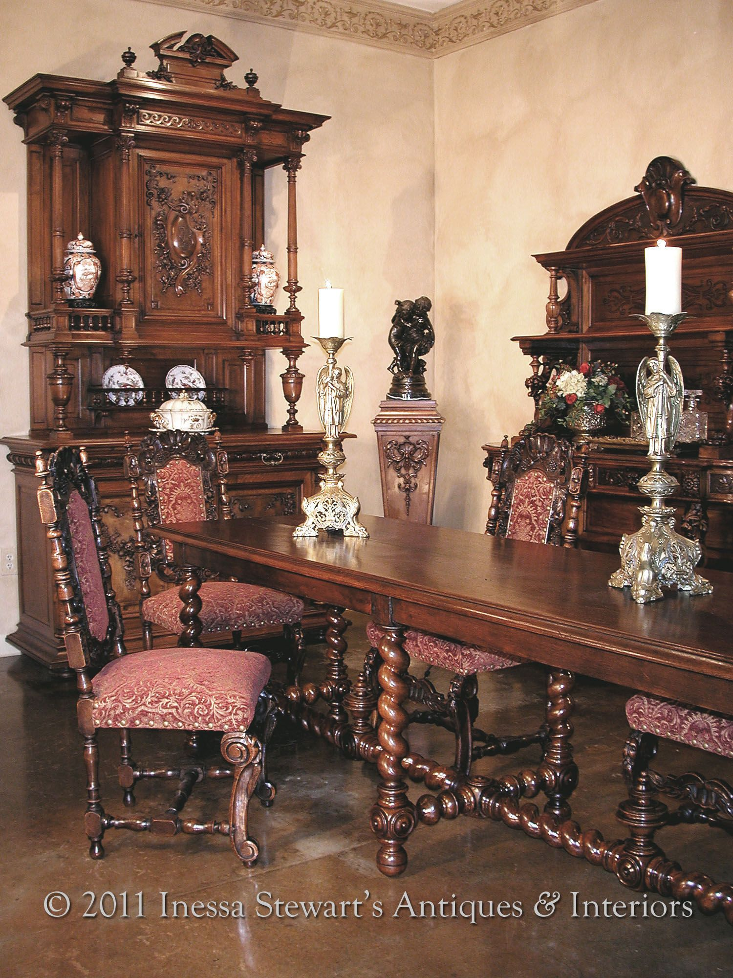 Antique Renaissance Style Dining Room To Most Of Us French Furniture Means Furnishings From The 18th And 19th Century So We Conjure Up Mental