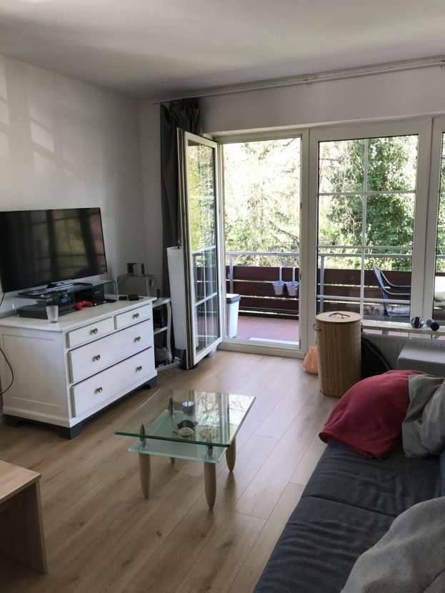 Hamburg Wohnungssuche helle 1 Zimmer Wohnung ab 01
