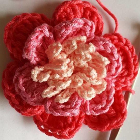 Bloem Rose Bloemen Tutorials Hakenbijdebuurvrouw Nl In 2020 Roos Bloemen Crochet Flowers Gehaakte Bloemen
